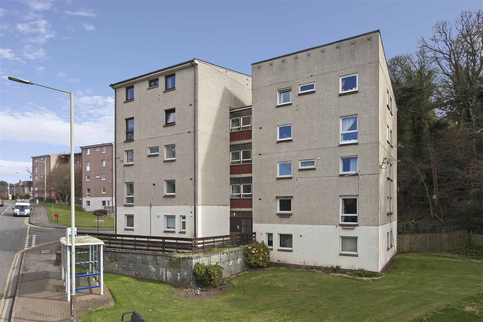 Flat 10, 12, Forthill Road, Broughty Ferry, Dundee, Angus, DD5 2JU, UK